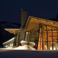 Grand Teton Discovery and Visitor Center by Bohlin Cywinski Jackson. (Offices in Pittsburgh, Philadelphia, Seattle and San Francisco). 2007. Jackson, Wyoming.