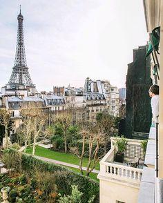 This view #ShangriLa #Paris