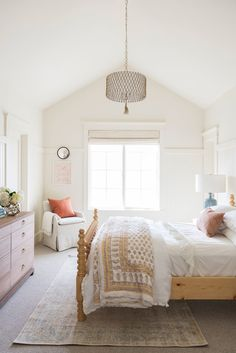 A bright timeless home that will make your day better - Daily Dream Decor