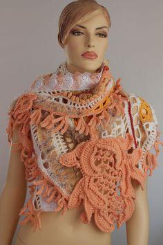 Lace Chunky Freeform Crochet Shawl / Wearable Art por levintovich