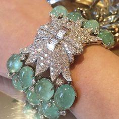 Bracelets – Page 7 – Modern Jewelry Modern Jewelry, Luxury Jewelry, Fine Jewelry, Or Antique, Antique Jewelry, Vintage Jewelry, Emerald Bracelet, Diamond Jewelry, Emerald Diamond