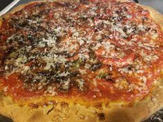 It's pizza Friday!!!!!!!... Artisan Pizza, Hawaiian Pizza, Pepperoni, Vegetable Pizza, Friday, Vegetables, Food, Essen, Vegetable Recipes