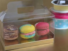 Give your macarons the packaging they deserve...