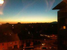 Vista da ufficio direzionale verso ovest. Il tramonto