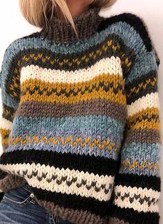 Casual Sweaters, Fall Sweaters, Chunky Knit Sweaters, Chunky Knits, Sweater Knitting Patterns, Crochet Patterns, Knitting Sweaters, Knit Sweater Outfit, Knit Fashion