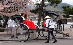 人力車 - Jin-Riki-Sha. Classical styled Rickshaw at  Arashi-yama, Kyoto.