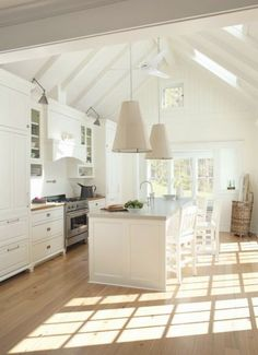 A casual & open #white kitchen.