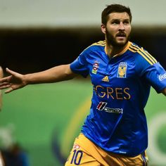 Tigres would allow Andre-Pierre Gignac to join Barcelona - Miguel Angel Garza