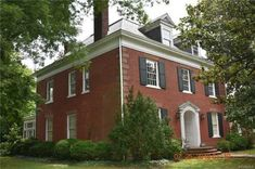1898 Colonial Revival - Blackstone, VA - Old House Dreams Heart Pine Flooring, Pine Floors, Historic Homes For Sale, Old Houses For Sale, Grand Foyer, Spiral Staircase, Old House Dreams, Ceiling Beams, Wainscoting