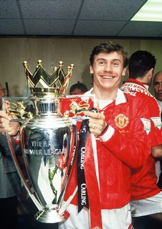 Eric Cantona blog by Andrei Kanchelskis - Official Manchester United Website Manchester United Champions, Manchester United Players, Man Utd Squad, Football Season, Football Players, Official Manchester United Website, Eric Cantona, Man Utd News, Sir Alex Ferguson