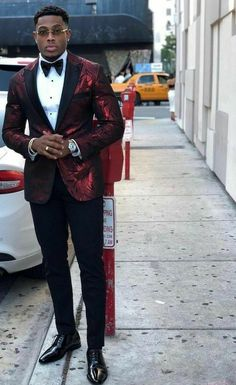 N/A Maroon Prom Suit, Male Prom Outfits, Tuxedos, Mens Fashion Suits, Men's Apparel, Gq, Swag, Men Casual, Parties