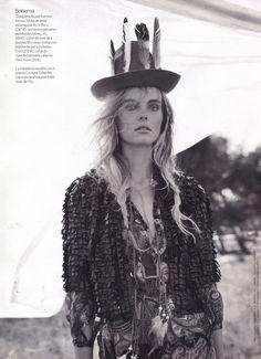 Wylie_Hays_for_Woman_Magazine_Spain_001
