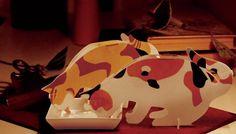 ペットがモチーフのペーパー加湿器、「うるおい」シリーズ  (画像は「うるおい三毛猫」とミニサイズの「うるおい三毛猫 Babies」)