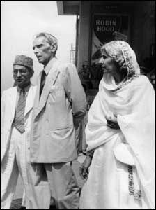 Fatima Jinnah can be regarded as one of the most amazing Muslim women of the world for playing a crucial role in creating one of the biggest Muslim homelands in the world