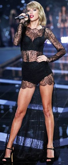Take that Jessica Hart: While the Victoria's Secret model claimed Taylor didn't fit in last year, they brought her back for a second year proving Jessica wrong