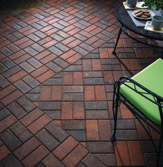 Holland Stone - Basketweave - Outdoor Living by Belgard - Patio Paver Patterns & Design: Trends in Paver Laying Patterns - Outdoor Rooms, Outdoor Living, Outdoor Patio Designs, Backyard Ideas, Backyard Patio, Patio Ideas, Fence Ideas, Outdoor Ideas, Backyard Landscaping