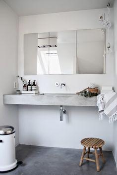 LEI LIVING: Betongulv på badeværelset + betonvask