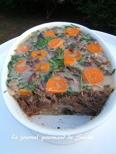 Terrine de boeuf en gelée Recette pour 6 pers Préparation : 15 mn cuisson : 3 heures Réfrigération : 8 à 12 heures Il faut 1 kg de boeuf...