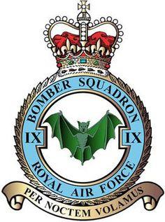 Military Insignia, Military Cap, Lancaster Bomber, Raster To Vector, Air Force Aircraft, Royal Air Force, Rare Photos, Coat Of Arms, Military Aircraft
