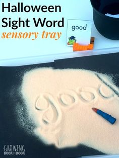 A Halloween sensory activity for kids to work on reading and writing sight words. Includes free printable word cards based on the kindergarten Dolch word list. Halloween Theme Preschool, Fall Preschool, Halloween Books, Halloween Week, Halloween Stuff, Halloween Ideas, Kindergarten Writing, Kindergarten Activities, Writing Activities
