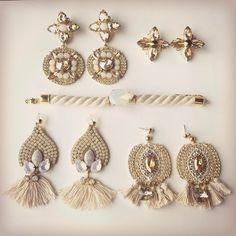 """Páči sa mi to: 21, komentáre: 4 – ArtJewelry by Kristína Jurinyi (@k.j.artjewelry) na Instagrame: """"Kombinejšn-jeminejšn...vyložila som si väčšinu cingrlatiek čo som vyrobila a takéto krásne…"""""""