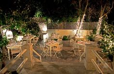 Mpempeka Greek Restaurants, Outdoor Furniture Sets, Outdoor Decor, Athens, Entertaining, Table Decorations, House, Home Decor, Courtyards