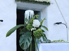 . . . #fleriawedding #fleriaflowers  #fleriacreations #fleriateam #fleeialab #wedding #instawedding #love  #happiness #greece #greekislands  #islands #santorini #paros #mykonos #destinationwedding  #weddingplanners #weddingdecor #weddingphotography  #bouquet  #specialday #custommade #roses  #peonies  #hydrangeas Wedding Planner, Destination Wedding, Wedding Day, Mykonos, Santorini, Paros, Greek Islands, Hydrangeas, Flower Delivery