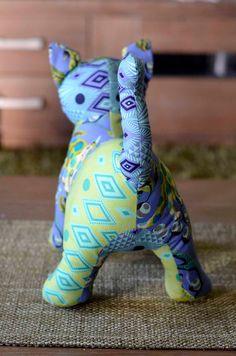 Teddy Bear Patterns Free, Teddy Bear Sewing Pattern, Fabric Toys, Cat Fabric, Stuffed Animal Patterns, Dinosaur Stuffed Animal, Crochet Owl Applique, Fabric Animals, Cat Quilt