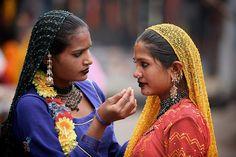 preparing for a dance, jodhpur, india