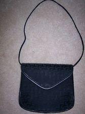 STYLISH BLACK EVENING BAG WITH SHOULDER STRAP