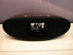 Samsung's Touch Screen Media Center Boombox