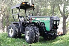 W-5000 YUKON Articulated Utility Tractor