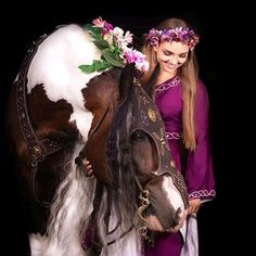 HORSE (@instahorse.co) • Instagram photos and videos Princess Zelda, Horses, Photo And Video, Videos, Photos, Fictional Characters, Instagram, Art, Fashion