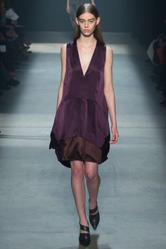 Narciso Rodriguez Fall 2014 Ready-to-Wear Collection Slideshow on Style.com