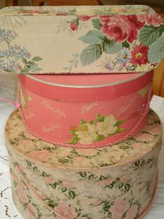 vintage hat boxes >> need to recover the ones i have to look like this