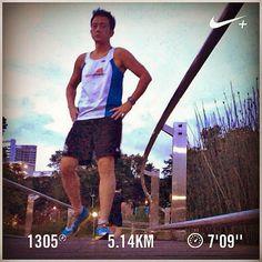 Pain! Barry is running... #barryisrunning  #run #runsg #nikeplus #nikerun #nikeplusrun  #running  #runhappy #runnerscommunity #runnerinspiration #runforabettertomorrow #AmigosRunning #correr #Corrida #instarun #instarunner #iphonerunner #iphoneonly #marathontraining #wearetherunners #coolrun #worlderunners  #5kmrun #loverunning #runninginpain #plantarfasciitis