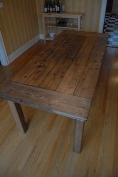 Kitchen table DIY- boy do I like this! Will have to get hubby to do this for me some time soon!    Husband may like as a desk in Trophy room.