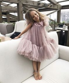 Discover more trendiest kids' fashion and be enthusiastic about these modern looks at CIRCU. Little Dresses, Little Girl Dresses, Girls Dresses, Flower Girl Dresses, Little Girl Fashion, Toddler Fashion, Kids Fashion, Pinterest Baby, Kids Gown