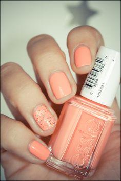 essie tart deco. Nice pale orange shade
