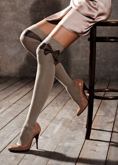 Too sad Calzedonia isn't available in the US. Thinking of attaching bows to the socks I have!