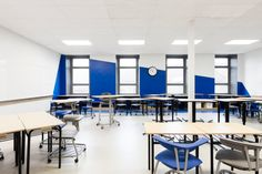 Taktik Design created a space for Collège Sainte-Anne by renovating the second floor of their campus in Montreal, Canada. Commercial Interior Design, Commercial Interiors, Teachers Room, Built In Furniture, Interior Windows, Main Entrance, High Quality Furniture, Small Groups, Second Floor