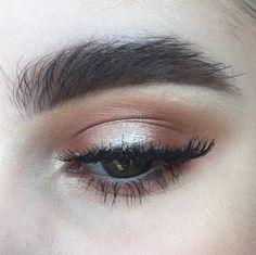 My first look using ABH Modern Renaissance Palette - Warm halo eye - Album on…