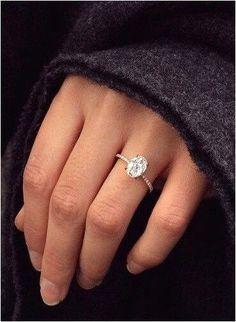 Simple Engagement Rings (170)