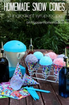 Homemade Snow Cones : 3 Ingredient Syrup Recipe using Kool Aid Summer Snacks, Summer Treats, Summer Drinks, Summer Fun, Summer Desserts, Frozen Birthday Party, Frozen Party, Carnival Birthday, Birthday Treats