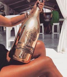 #champange • Instagram-billeder og -videoer
