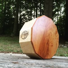 Articles similaires à Dodecajon - Cajon Snare Drum sur Etsy Cajon Drum, Diy Drums, Hammered Dulcimer, Cigar Box Guitar, Snare Drum, Guitar Building, Guitar Strings, Drum Kits, Musical Instruments