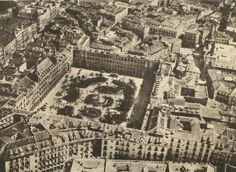 Vista aérea de la Plaza Mayor de Madrid en 1933