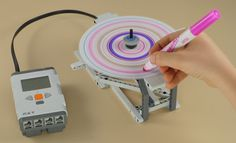 LEGO Mindstorms NXT Spin Art