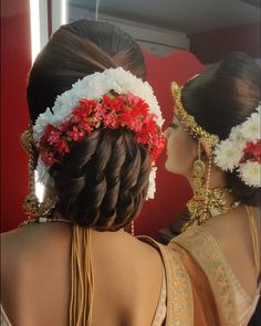hairstyle for women South Indian Wedding Hairstyles, Bridal Hairstyle Indian Wedding, Bridal Hair Buns, Bridal Hairdo, Hairdo Wedding, Bridal Hair And Makeup, Engagement Hairstyles, Wedding Bun Hairstyles, Mom Hairstyles