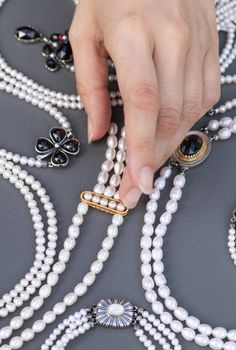Bad, Pearl Necklace, Pearls, Jewelry, Fashion, Beaded Necklaces, Dirndl, Neck Chain, String Of Pearls